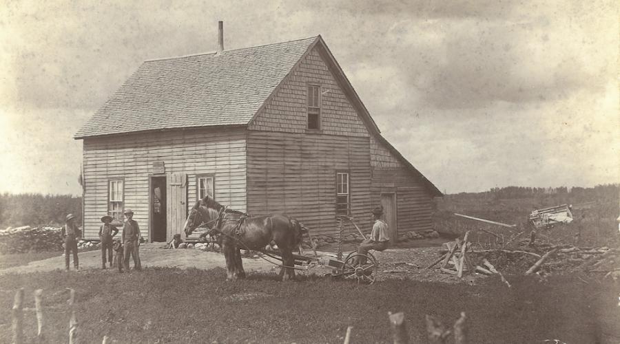 Het eerste huis van Brussels pionier Louis Hacault, stichter van de kleine landbouwgemeenschap Bruxelles in de Canadese prairieprovincie Manitoba, 1893. [Privécollectie Anna Foidart]